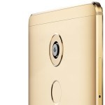 Huawei Mate 8 (gold) camera and fingerprint scanner